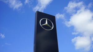 Daimler gehört zu den 30 besten Firmen